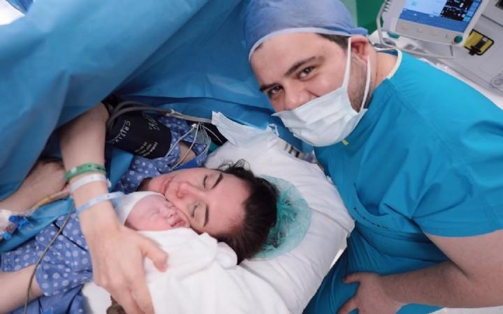 Eser Yenenler  ikinci kez  baba oldu