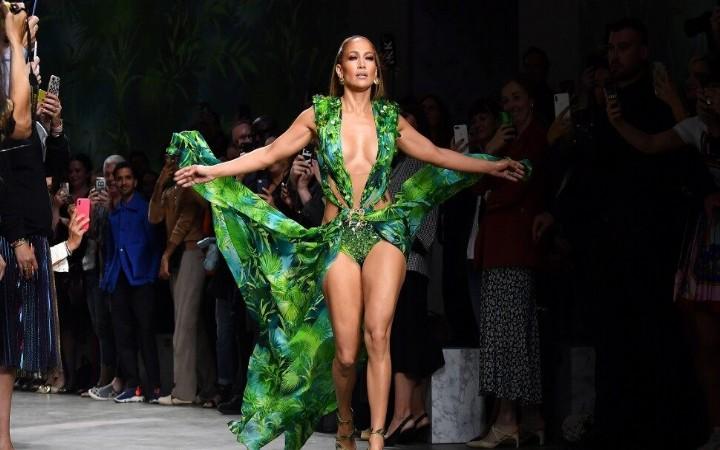 Jennifer Lopez, Milan Moda Haftasını kapattı!